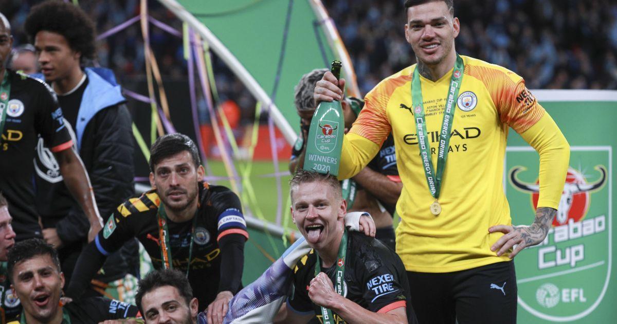 Зінченка наскрізь обдали шампанським на святкуванні перемоги в Кубку Ліги. Відео