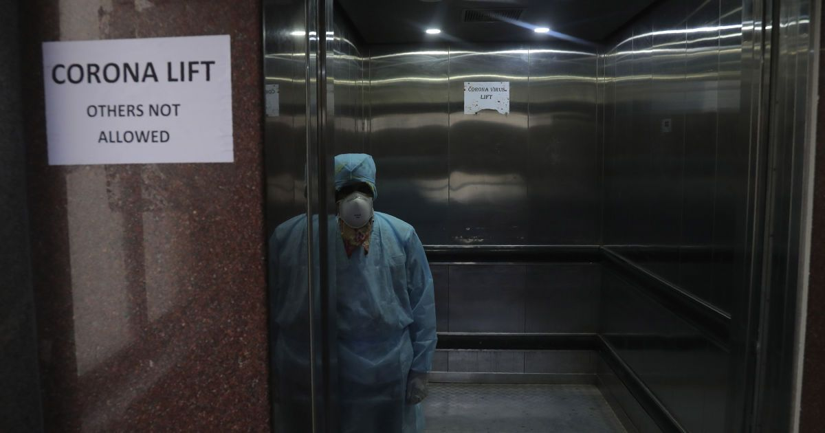 Українець, який заразився коронавірусом, дізнався про свій діагноз в день народження