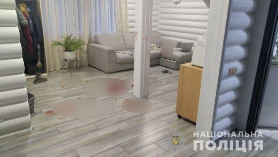 У Київській області підліток почикрижив ножем і сокирою свою рідну тітку та 4-річного брата