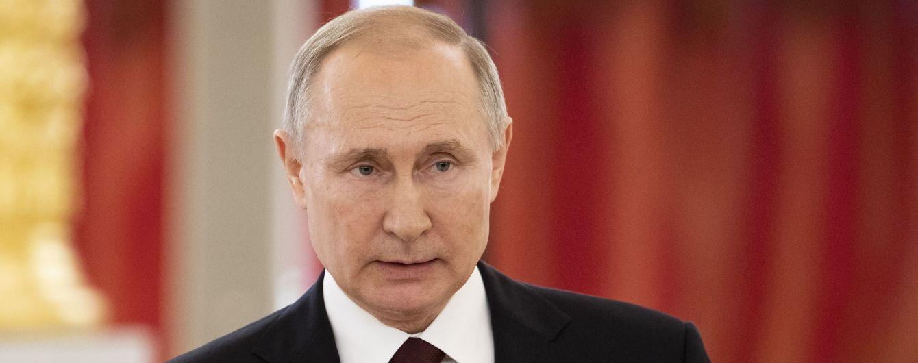 Путин прибыл в аннексированный Крым, чтобы дать начало строительству новых десантных кораблей ВМФ РФ