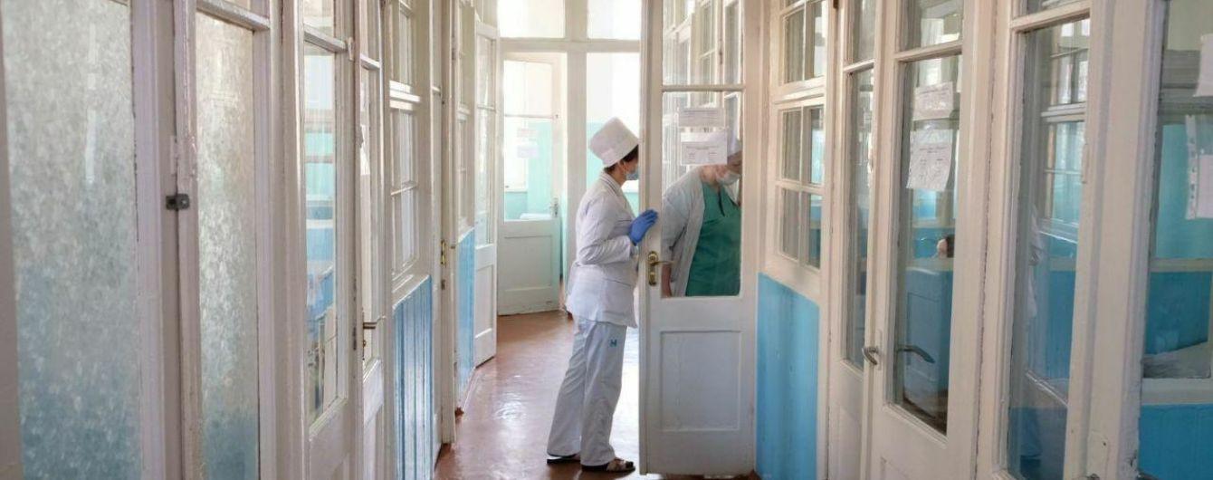 Статистика у регіонах: смерті від коронавірусу зафіксували у восьми областях та Києві