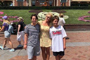 13-річний син Брітні Спірс побажав своєму діду смерті