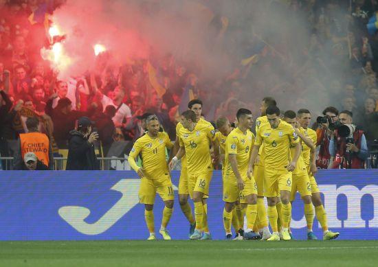 Перепродаж квитків на Євро-2020: найдешевший тікет на матч збірної України коштує 75 євро
