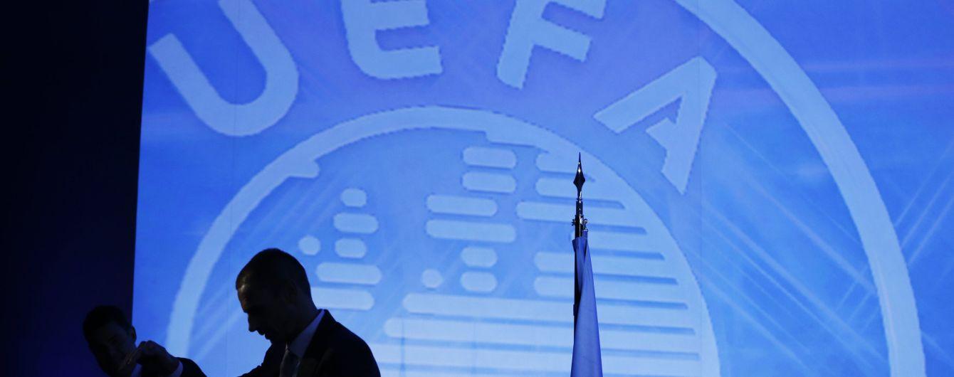 УЕФА отложил встречу, на которой будет решаться судьба футбола
