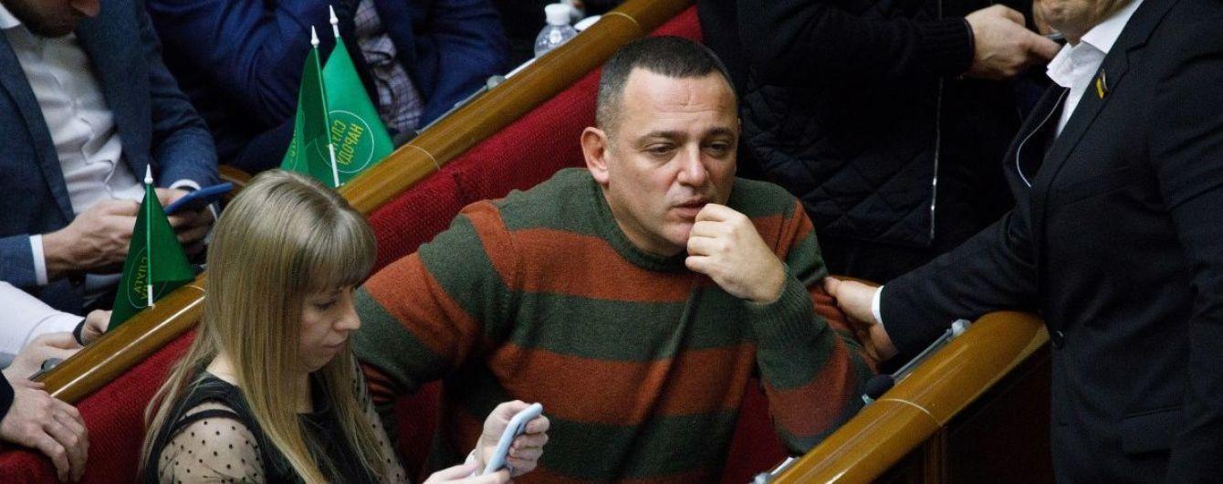 Скандальний мовний законопроєкт Бужанського розглянуть у Раді вже цього тижня