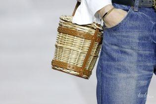 Плетені, білі, круглі й барила: наймодніші сумки сезону весна-літо 2020