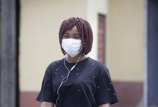 У ПАР зафіксували різкий стрибок заражень коронавірусом. Країна оголосила карантин