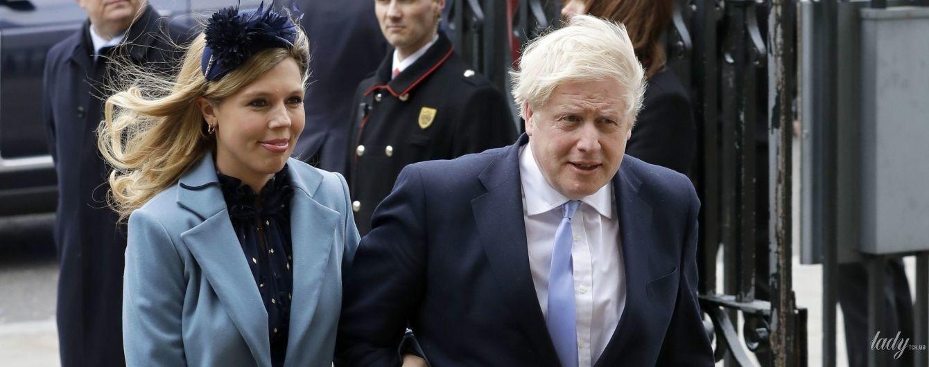 С беременной невестой в голубом пальто: Борис Джонсон на службе в Вестминстерском аббатстве