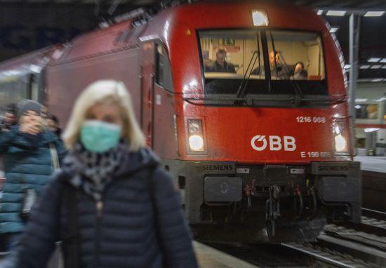 Міністр охорони здоров'я Німеччини розповів, коли чекати на послаблення карантину