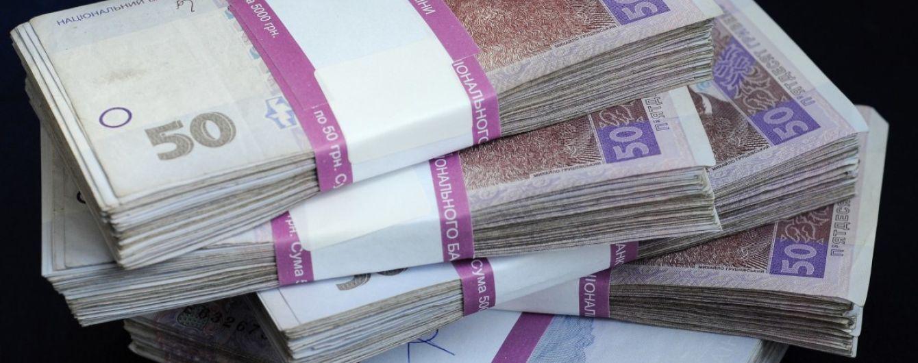 Требовал 4 млн грн за влияние на служащих АМКУ – правоохранители задержали взяточника
