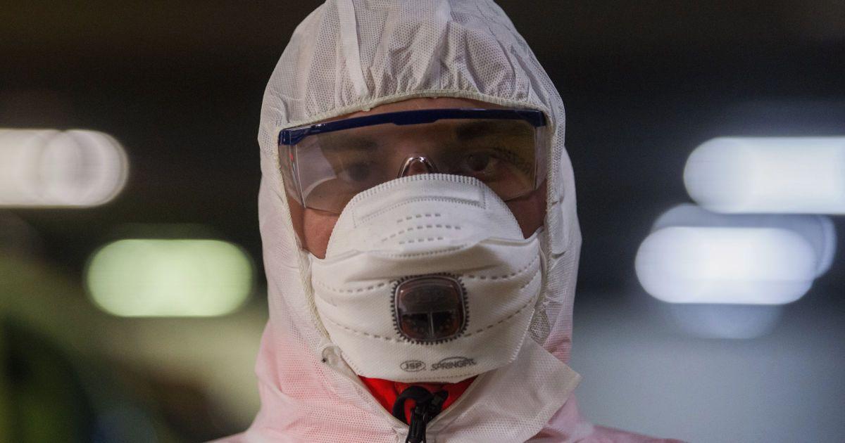 В Украине зафиксировали почти 100 новых случаев заражения коронавирусо