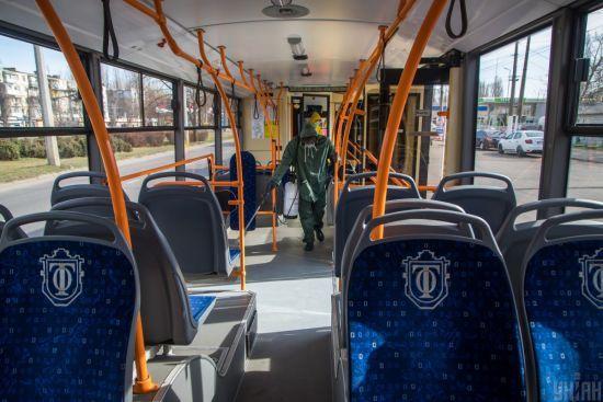 Карантин у Києві: у КМДА пояснили, як працюватиме столичний громадський транспорт