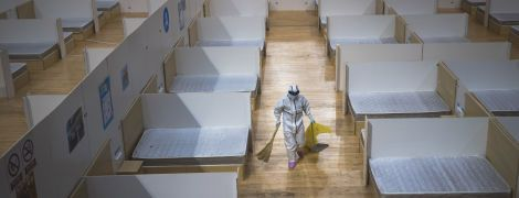 Коронавірус відступає у Китаї: Ухань закрив побудовану в розпал епідемії лікарню