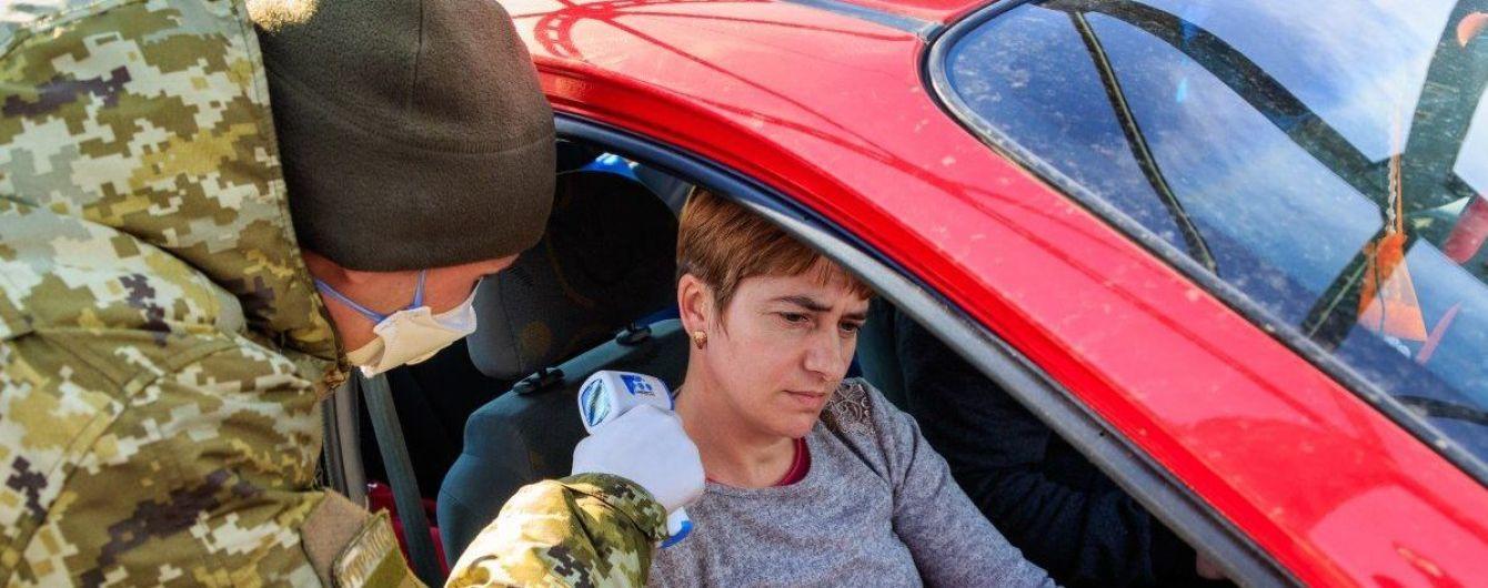 В Львовской области пустуют заведения для обсервации: большинство приезжих из-за границы изолируются дома