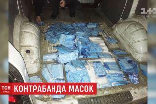Мешканець Рівненської області намагався вивезти до Польщі 10 тисяч контрабандних медичних масок