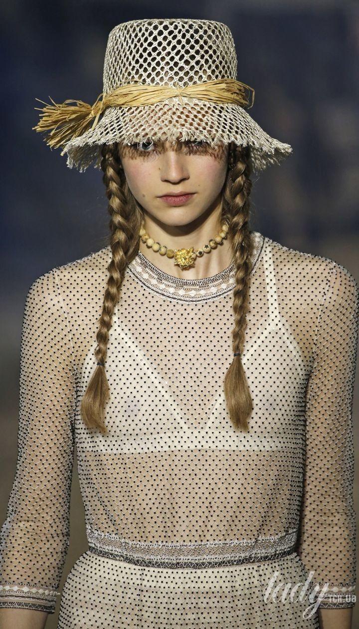 Колекція Christian Dior прет-а-порте сезону весна-літо 2020 @ East News
