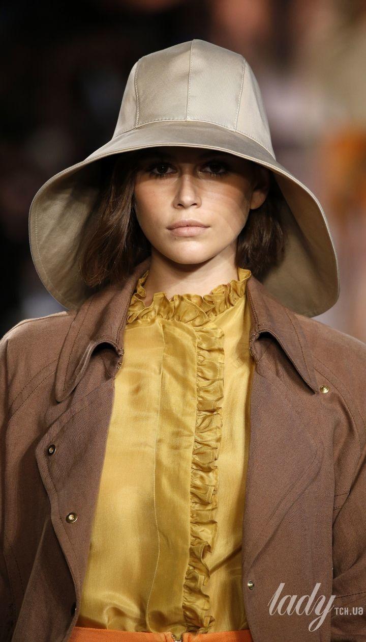 Колекція Alberta Ferretti прет-а-порте сезону весна-літо 2020 @ East News