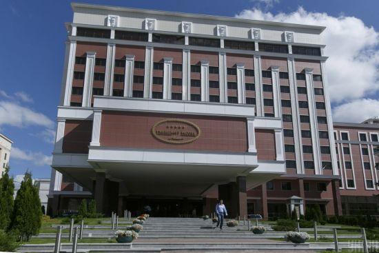 СБУ розслідує можливу державну зраду представників української делегації в ТКГ