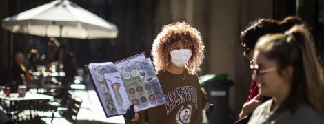 Іспанія відкриває пляжі та ресторани, коли кількість жертв коронавірусу в країні наближається до 29 тисяч