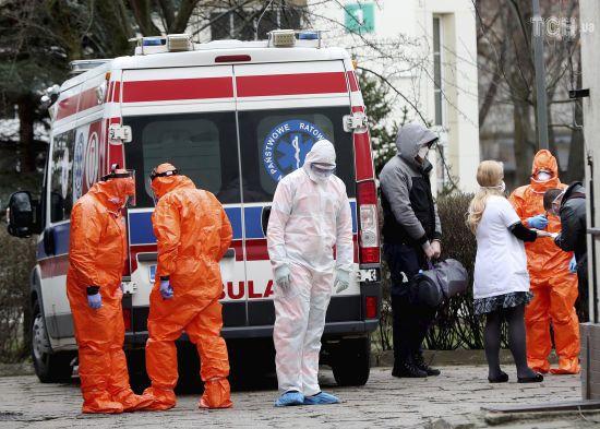 У Польщі збільшилася кількість смертей від коронавірусу. Кількість хворих різко зросла