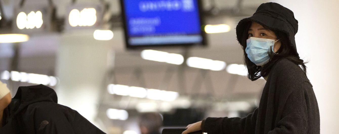Гонконг будет отправлять всех прибывших иностранцев на домашний карантин