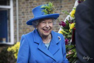 На карантин не собирается: 93-летняя королева Елизавета II продолжит работу во дворце