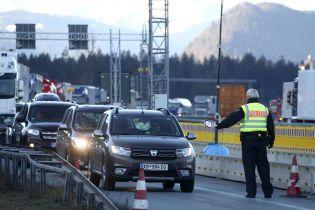 Заборону на в'їзд до країн ЄС можуть продовжити ще на місяць
