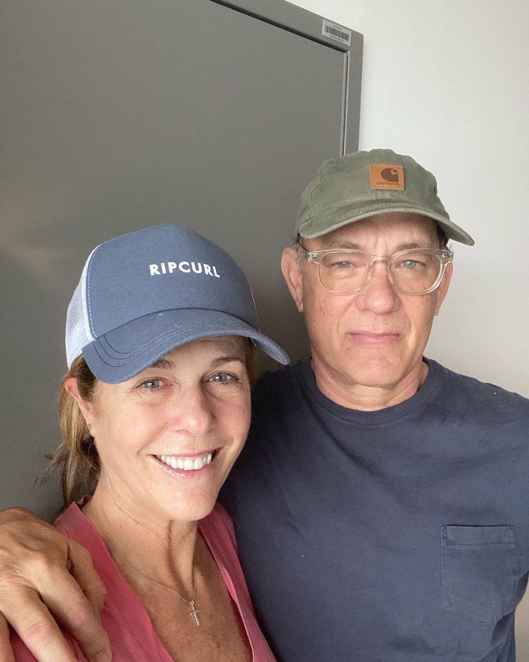 Том Генкс з дружиною