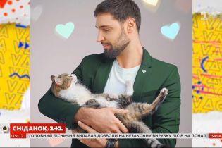 """Віталій Козловський презентував нову пісню """"Вдома"""""""