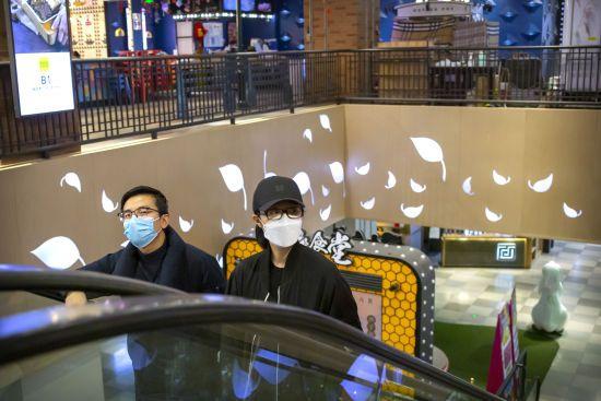 У Китаї розповіли про нові випадки коронавірусу: на лікуванні перебувають понад вісімсот пацієнтів без симптомів