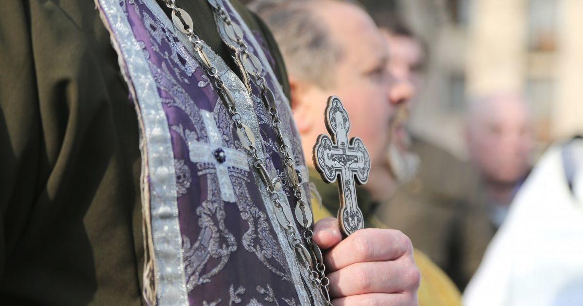 Львовских священников протестируют на коронавирус