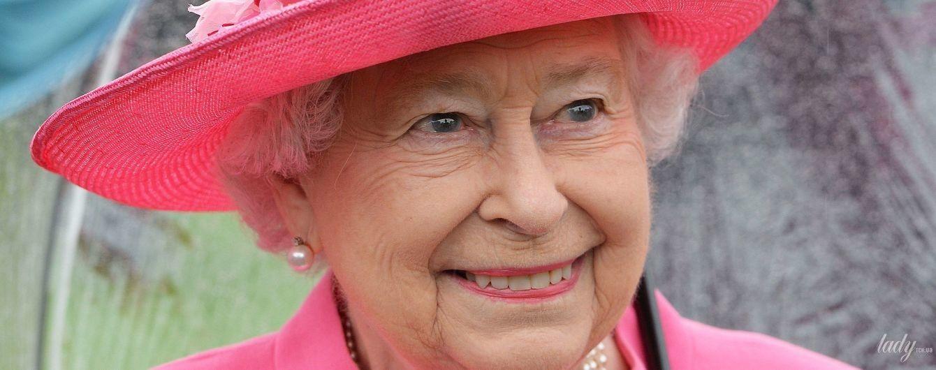 Жодних садових вечірок: в Букінгемському палаці розповіли про скасовані заходи королеви Єлизавети II