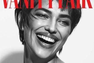 З широкою усмішкою і новою зачіскою: Ірина Шейк на обкладинці італійського глянцю