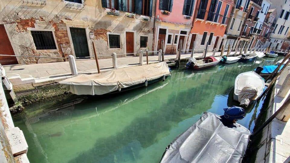 канал венеція