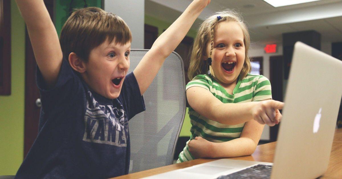 """Покоління """"Альфа"""": які особливості сучасних дітей та з якими проблемами вони можуть зіткнутися"""