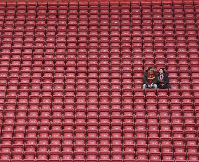 По следам Бельгии: В АПЛ собираются заявить о завершении сезона