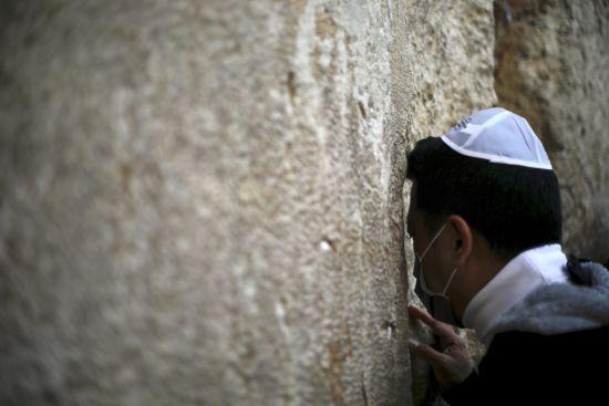 Через коронавірус кількість безробітних в Ізраїлі збільшилась на 25%