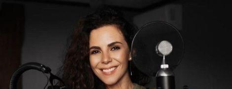 Настя Каменських відіграла концерт на карантині: дивіться відео