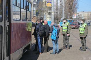 КГГА обнародовала схему движения городского транспорта. Из-за карантина туда будут впускать не всех пассажиров
