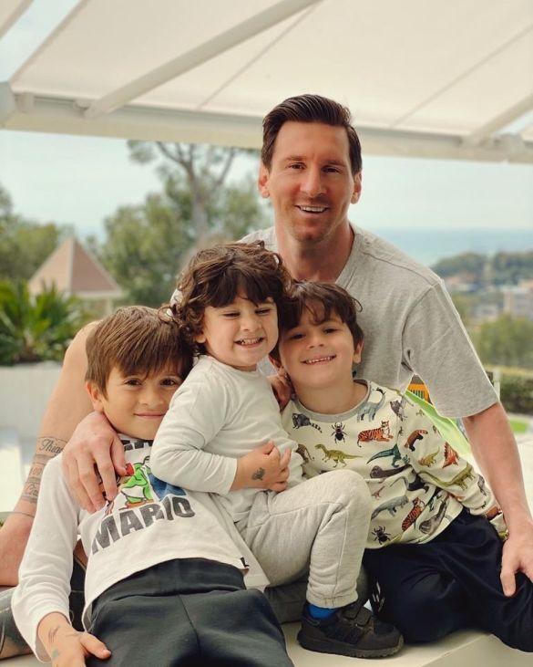 Мессі з синами