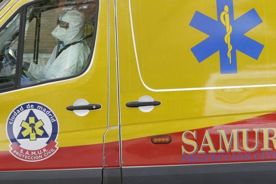 Коронавірус в Іспанії: кількість смертей зростає, лікарні переповнені, під госпіталь віддали виставковий комплекс