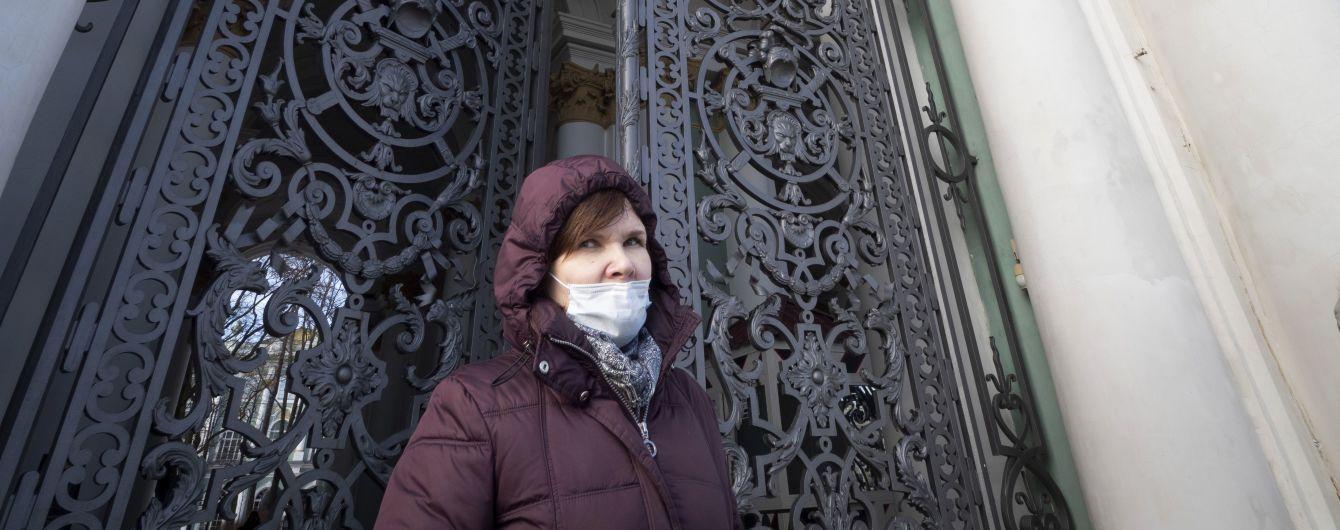 В Москве из-за коронавируса пенсионеров обязали сидеть дома