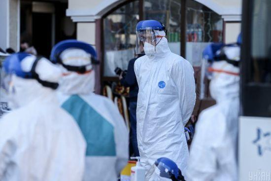 """""""Смерть вже серед нас"""": на Буковині кількість заражених коронавірусом сягнула майже 250 осіб, є нові жертви"""