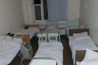 На Закарпатье от инфицированной коронавирусом женщины заразились еще почти два десятка человек