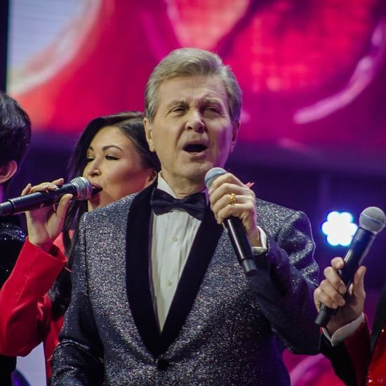 Російського співака Льва Лещенка забрали до лікарні з підозрою на коронавірус
