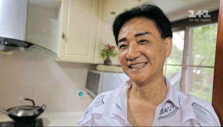 """Секрети вічної молодості китайців — дивись у новому випуску програми """"Світ навиворіт"""""""
