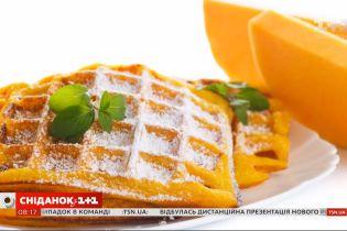 """Международный день вафель: готовим тематическое блюдо в студии """"Сніданку з 1+1"""""""