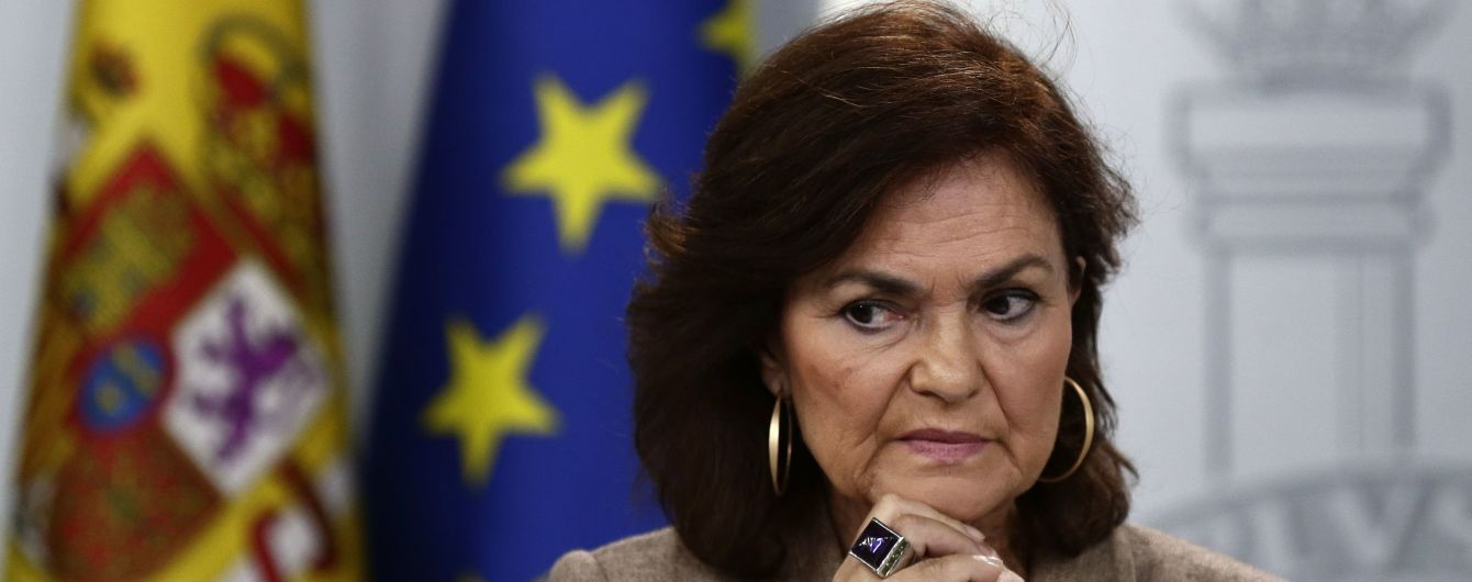 Вице-премьер Испании заразилась коронавирусом