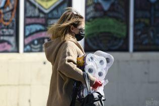 В Украине коронавирусом чаще инфицируются женщины - Минздрав
