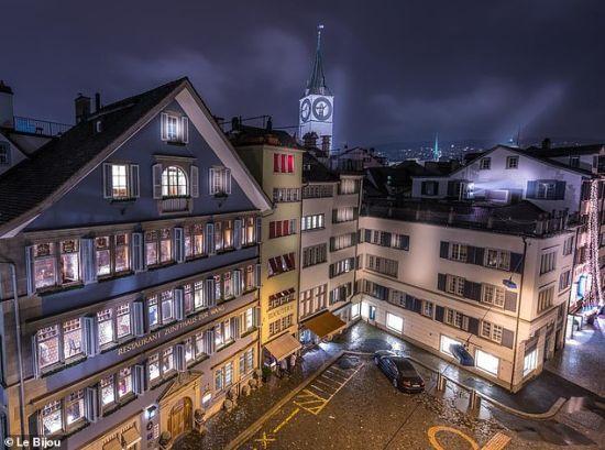 Люксовий карантин: у Швейцарії п'ятизірковий готель пропонує гостям послуги лікарів та тести на коронавірус